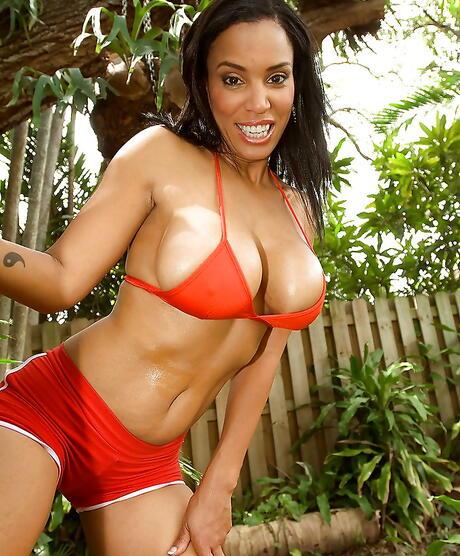 Black Hotties in Bikini Porn