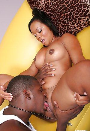 Black Pussy Licking Porn