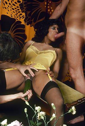Black Girls Dildo Porn