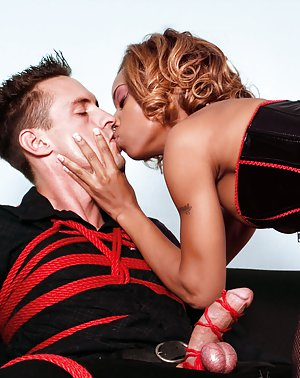 Blacks Kissing Porn