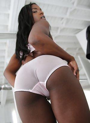 Black Girl in Panties Porn